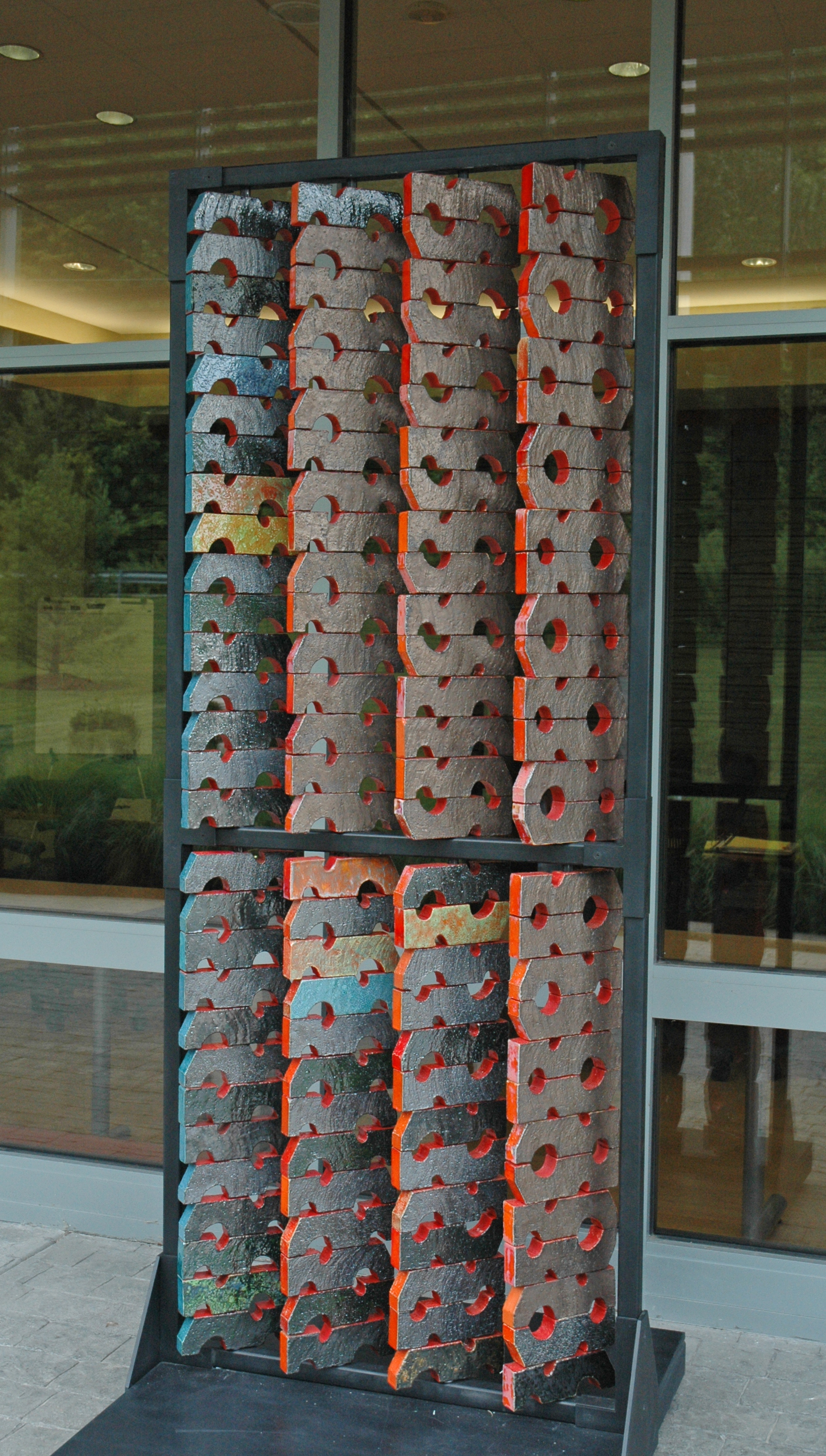 Susan Tunick and Christine Jetten. Threaded Bricks, 2014. Extruded, glazed bricks on a steel frame, 90 x 39 x 2 in. Photograph by author.