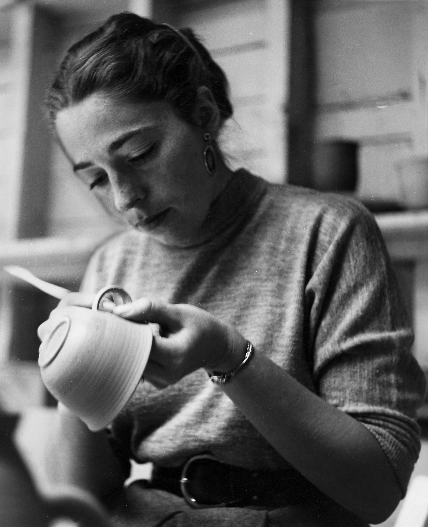 Ruth Rippon making a cup, 1952 at the California School of the Fine Arts. Photo credit: Zoe Lowenthal.
