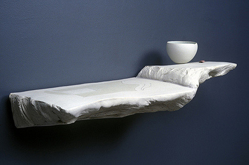 Paula Winokur. White Ledge with Bowl, 2008. Photo courtesy of AccessCeramics Flickr page.