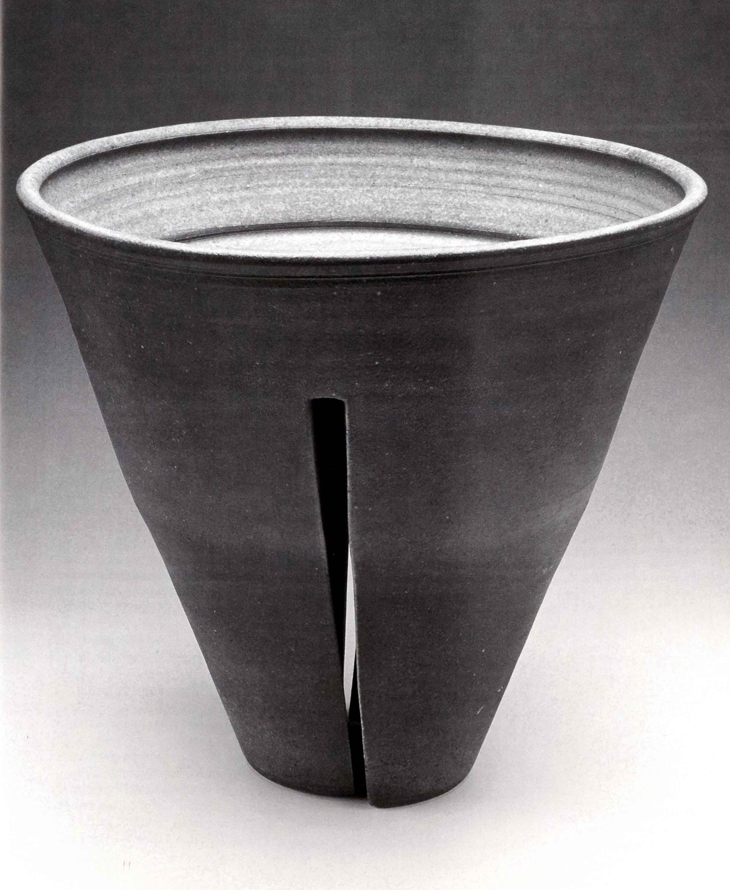 Karen Karnes. Split Footed Bowl, 1990. Glazed stoneware, wood-fired, 13 x 14 in. Photo courtesy of the artist, from Vol. 39, No. 1, 2011.