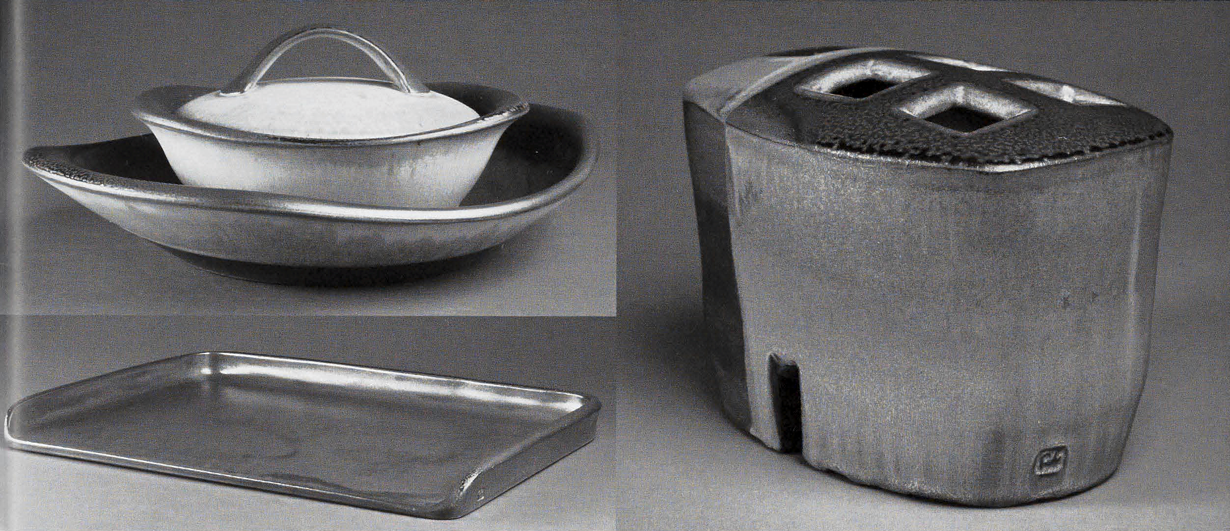 Woodstove Humidifier, Ovenware Set, Oven/pizza stone, 2007. Photographs by Michael Stadler