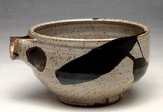 Warren MacKenzie bowl, from Vol. 19, No. 1, 1990.
