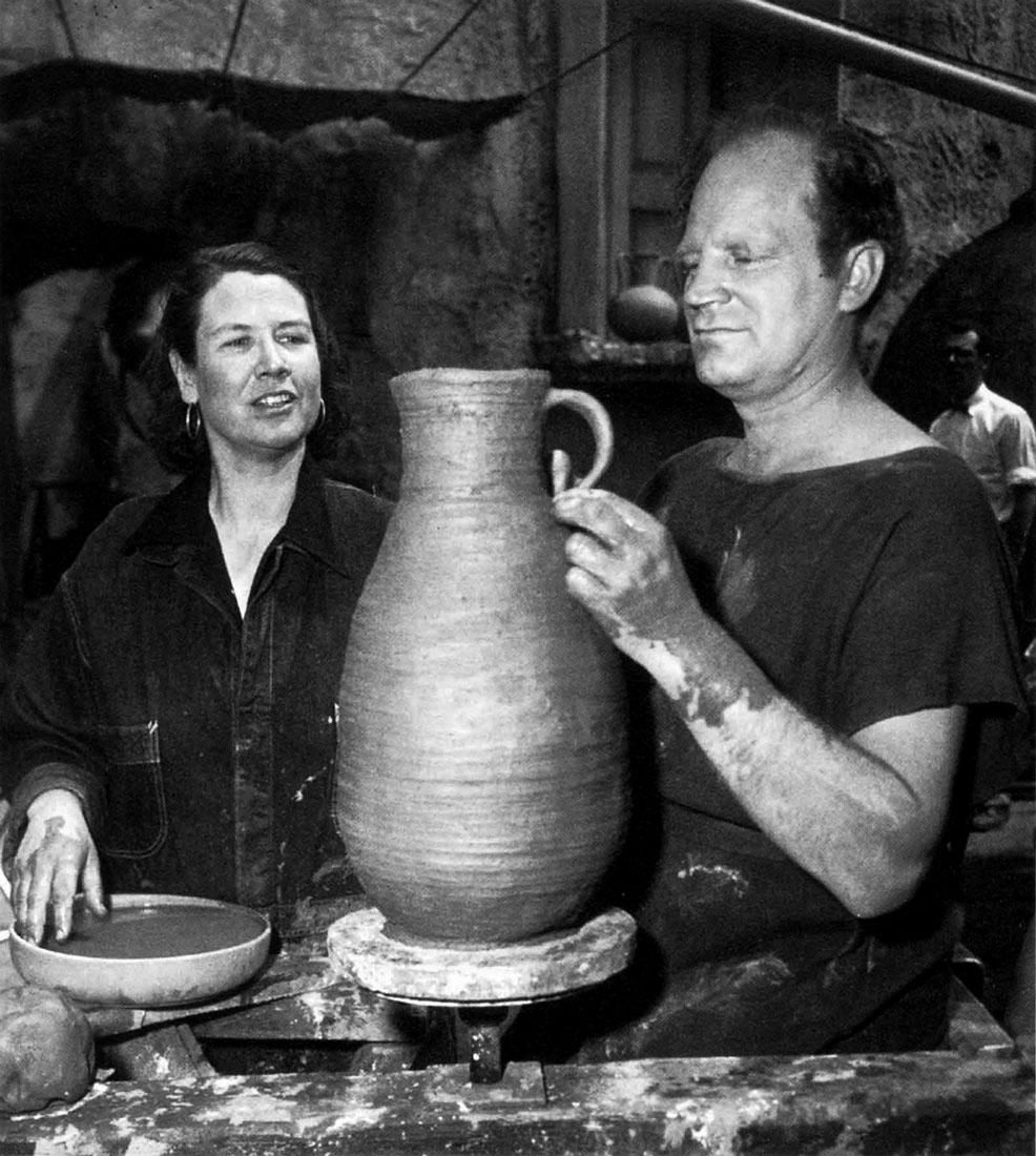 """Coiling Bottle For the Blindman in """"Demetrius and the Gladiators"""". Fox Studios, 1953. Opposite: Bottle, Otto Heino, 1956."""