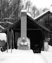 Magnusson's kiln and shed in winter.