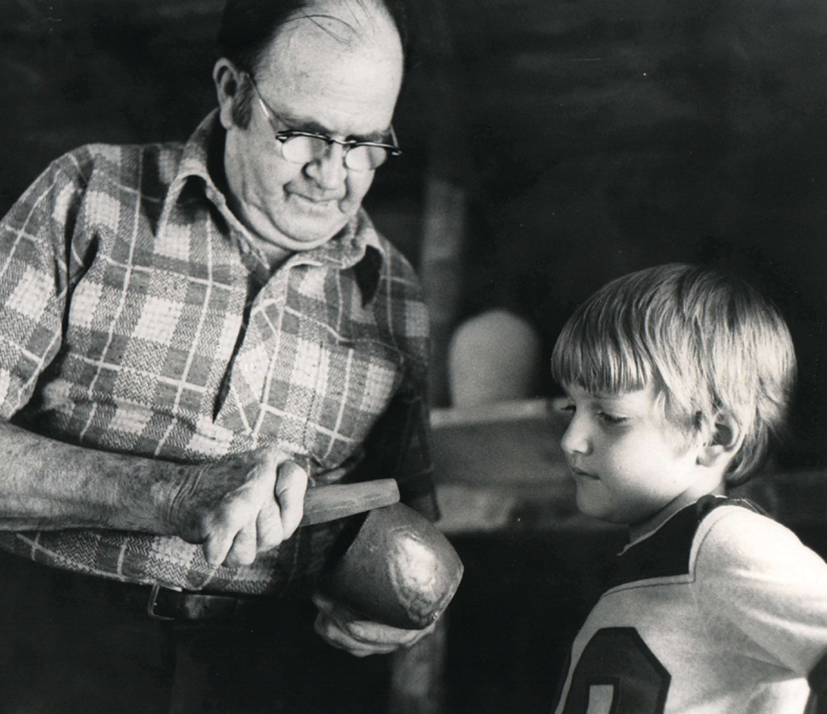 Ben Owen, Sr. and his grandson apprentice Ben Owen III in 1977. Owen Family Archives